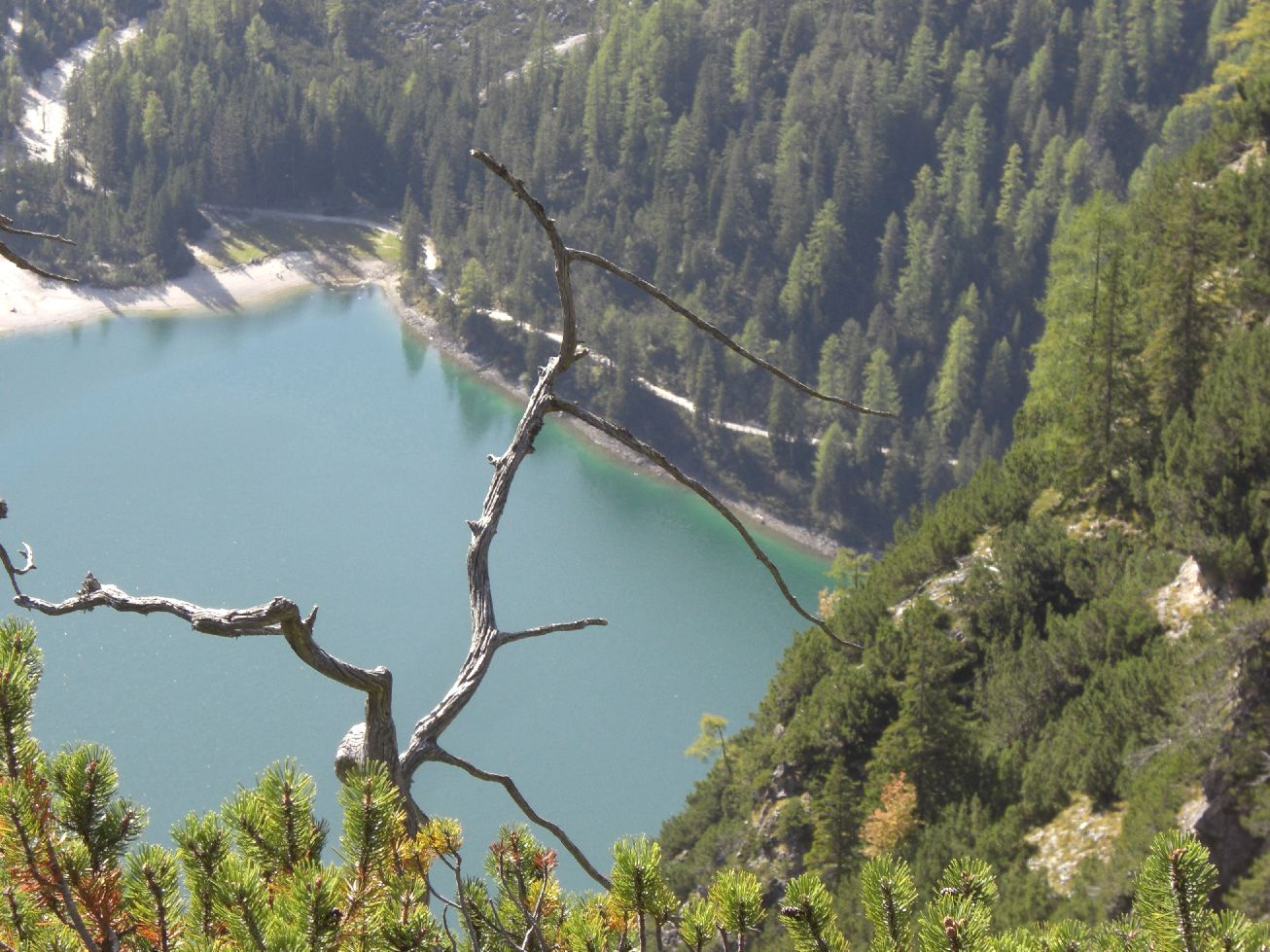 Wanderung zum Herrstein, Pragser Wildsee von oben