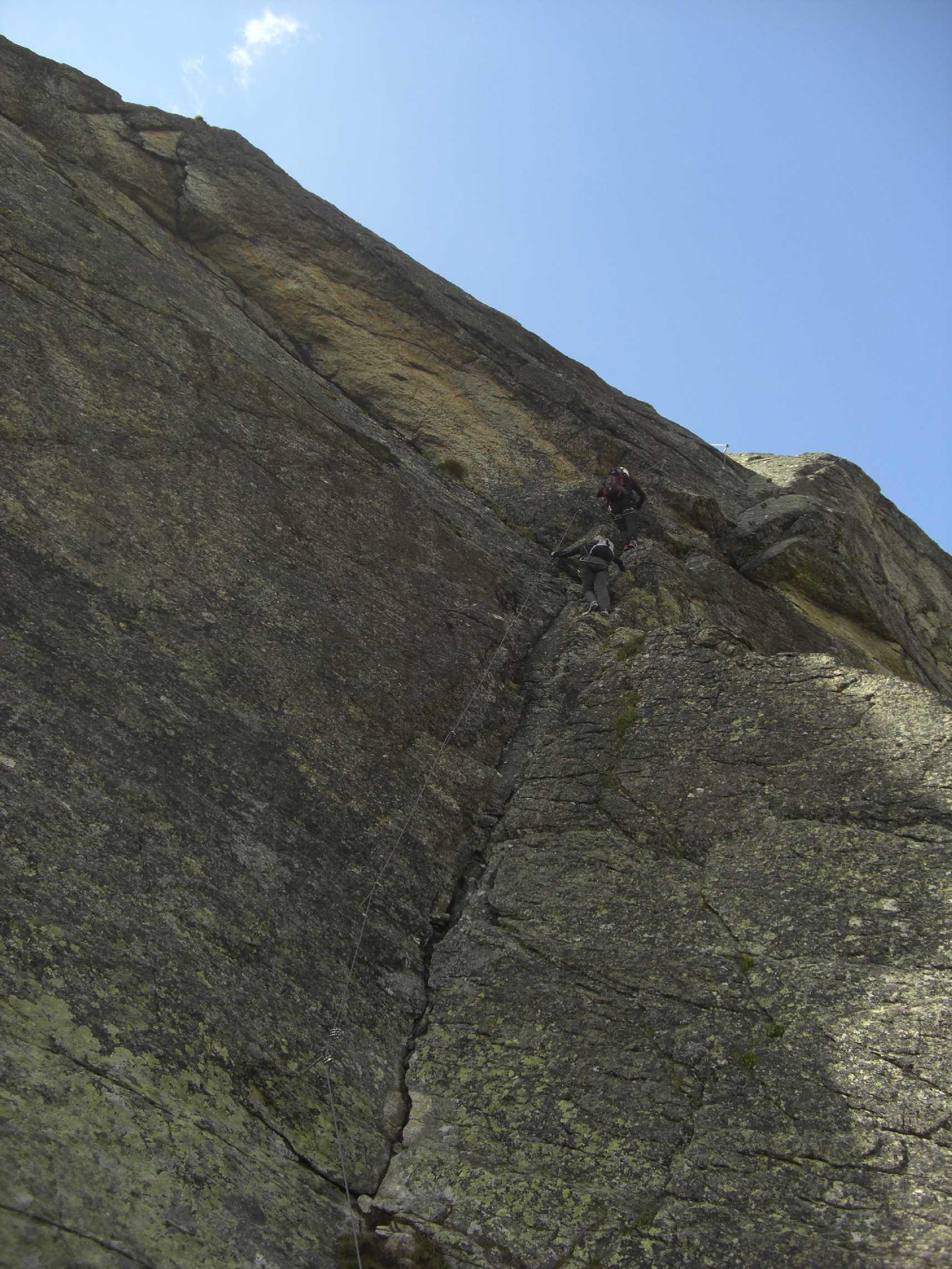 Rampe am Einstieg, Klettersteig
