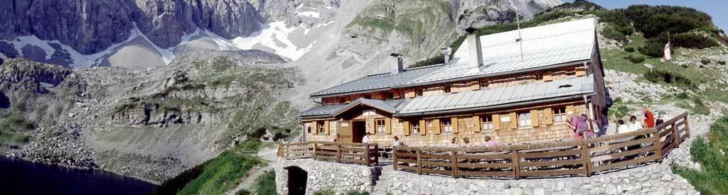 Coburger Hütte (Mieminger Kette) – DAV-Stützpunkt bei Ehrwald