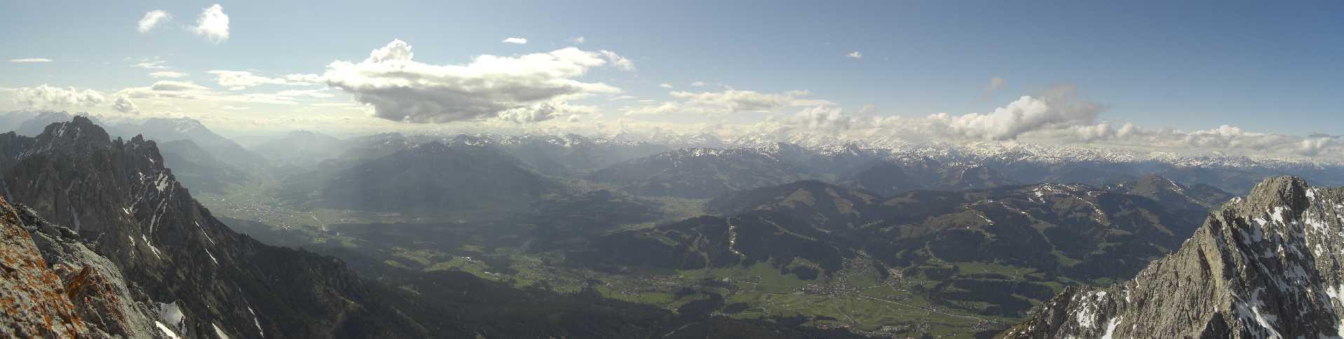 Panorama Ellmauer Halt im April 2011
