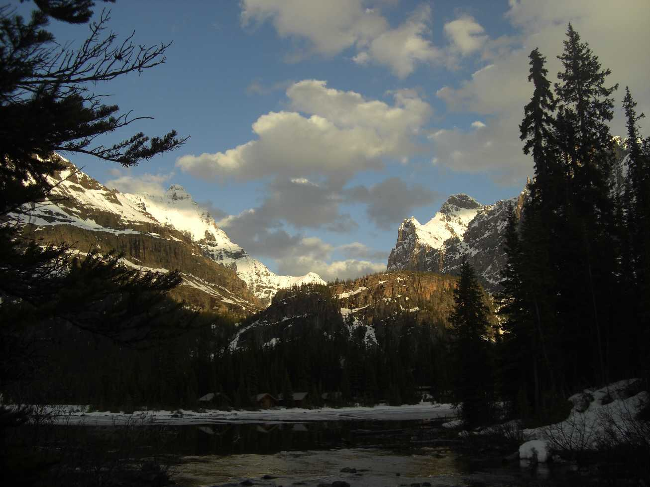 Reisebericht: Kanada. Juni. Camping. Adventure. Schnee. Regen. Kalt.
